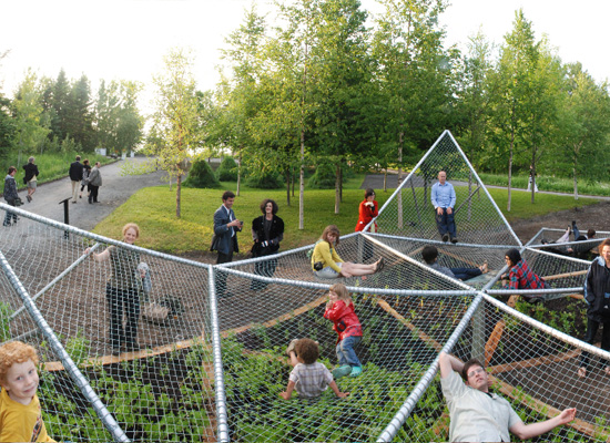 Backyard Nature Playground : natural playgrounds playable sculpture dymaxion sleeps or a natural