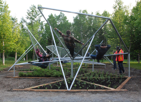 Backyard Nature Playground : Dymaxion Sleeps, or a Natural Playground on two levels  Playscapes