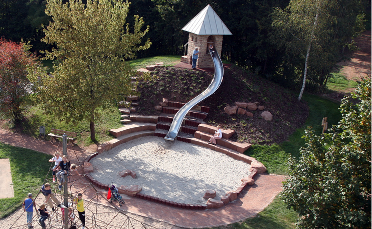 Backyard Playground Diy :  from the Hornbach Playground, Germany, Stefan Laport  Playscapes