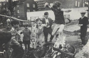 St. John's Wood Adventure Playground, London c. 1968 via: http://www.thearchitectureofearlychildhood.com/2012/01/post-war-adventure-or-junk-playgrounds.html