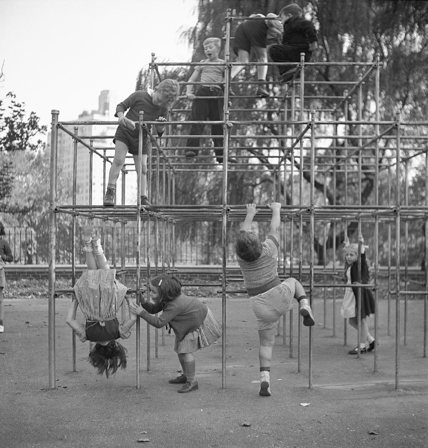 The Playgrounds of Central Park: A Brief History - Playscapes