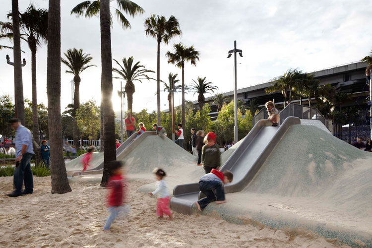 Darling quarter playscape sydney australia aspect for Aspect australia